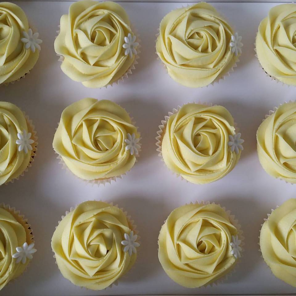 Butter Cupcakes – Decorated