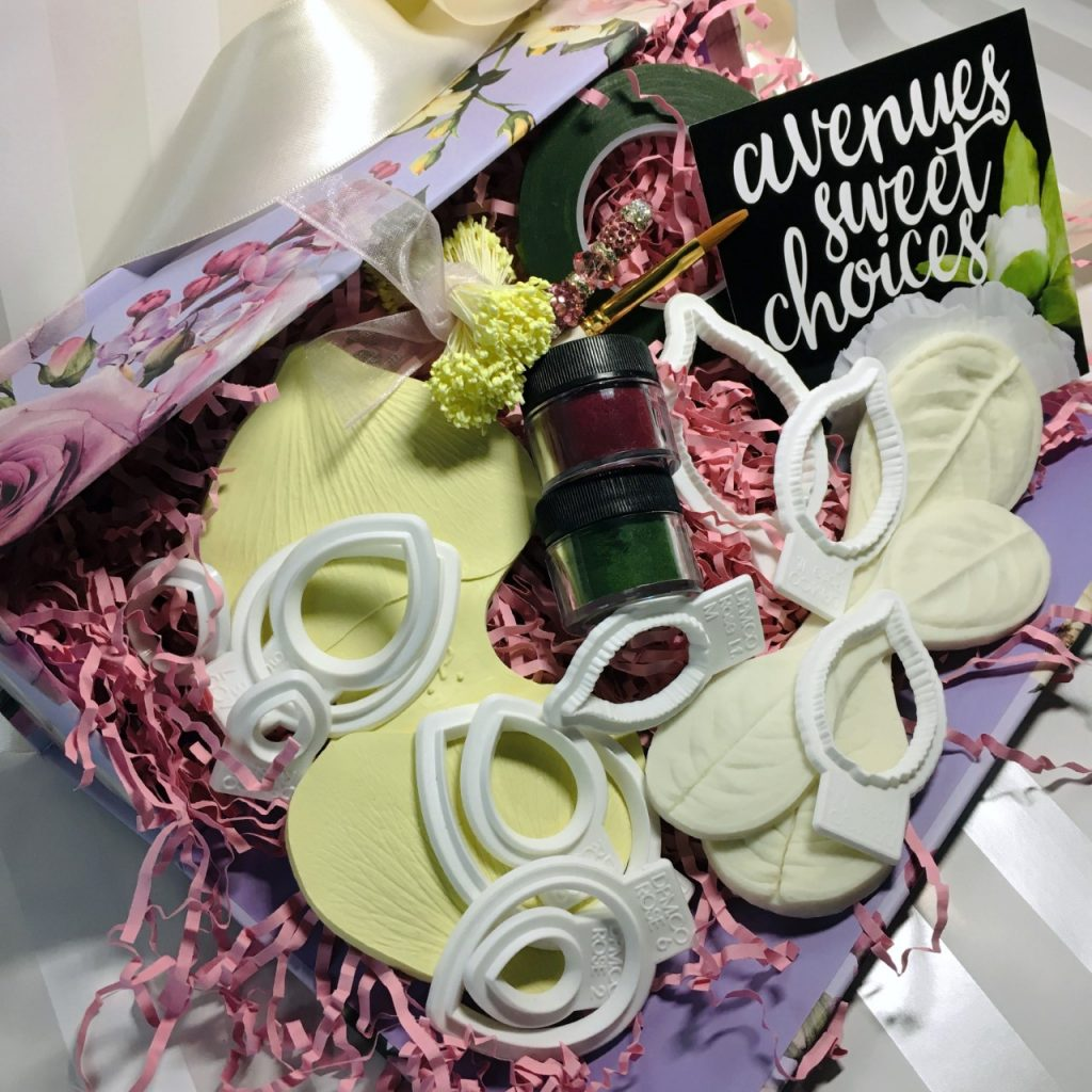Classic Rose Kit Prize Pack – Avenues Sweet Choices